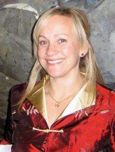 Erin Henderschedt Bio-1